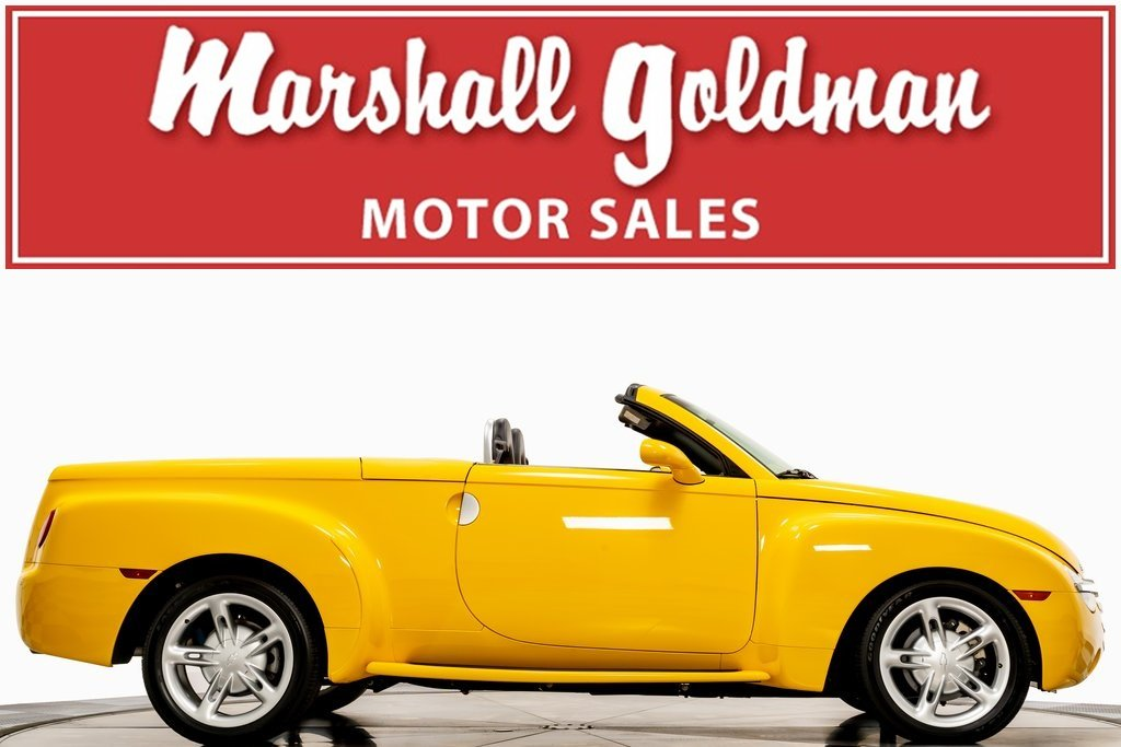 Pre-Owned 2004 Chevrolet SSR